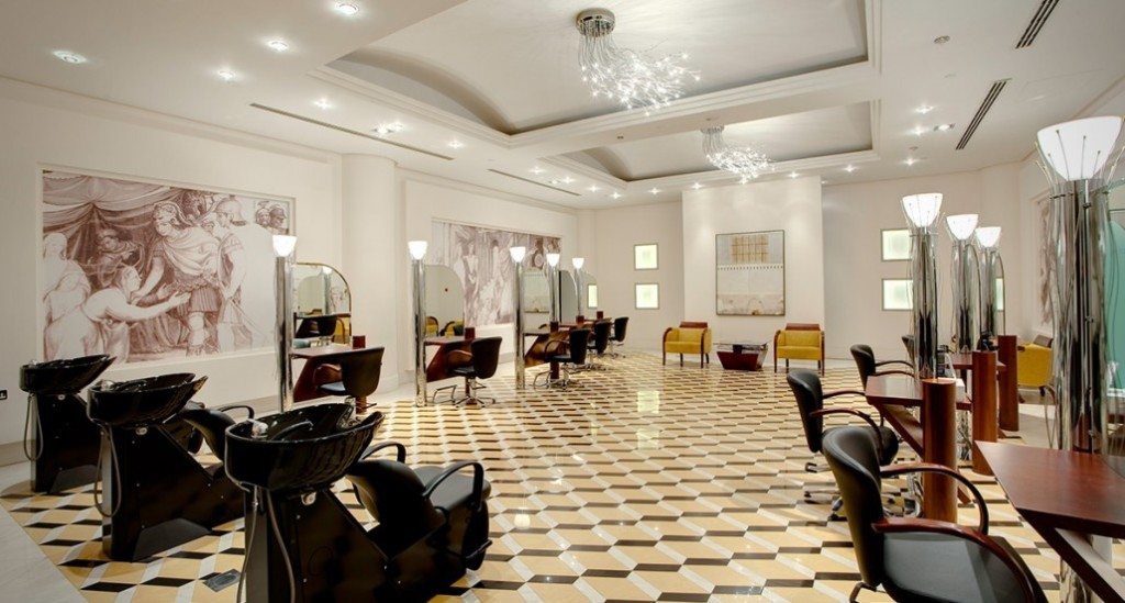 Best Salons For Blow-Dry And Color In Dubai