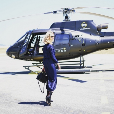 This Door To Helicopter Service Will Fly You F1 Weekend