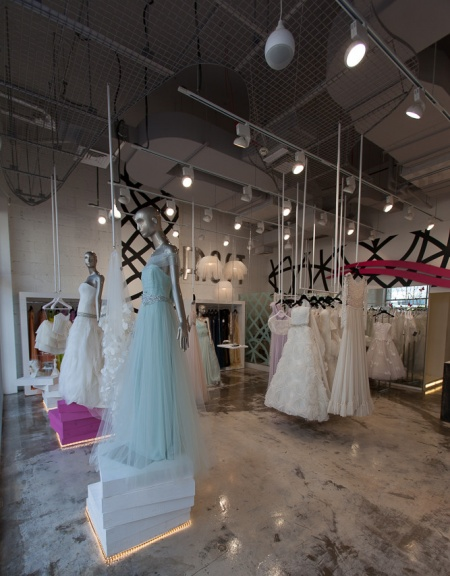 Wedding Gown Shopping,Bridal Dresses Dubai,Mall Dresses,Wedding Dress in Dubai,Dubai Shopping Dress,Jumeirah Centre Dubai Wedding Dress,