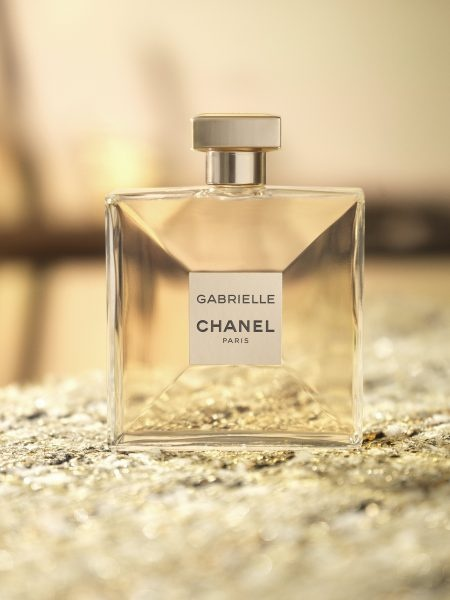 What You Need To Know About Chanels New Perfume Savoir Flair