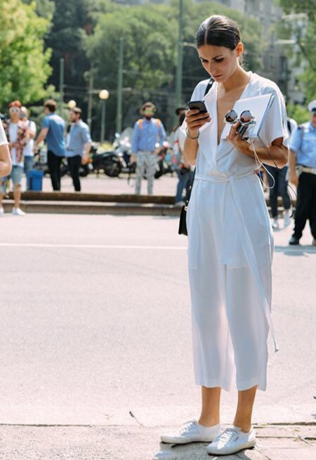 1fa2b1fb98 22 Chic Ways to Wear All-White Outfits This Summer - Savoir Flair