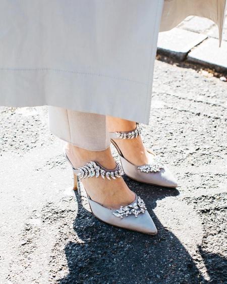 3b1da30ec82055 The 10 Shoe Styles That Every Woman Should Own - Savoir Flair