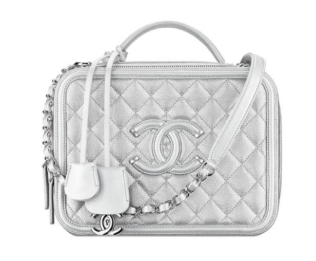bacaa354d192 The 10 Most Amazing Chanel Bags of the Season - Savoir Flair