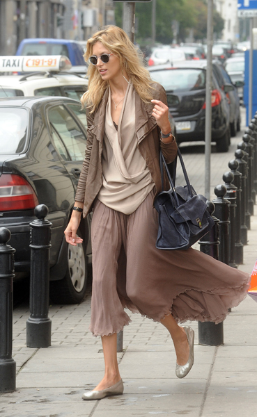 Models Off Duty: Anja Rubik, Miranda Kerr, and more