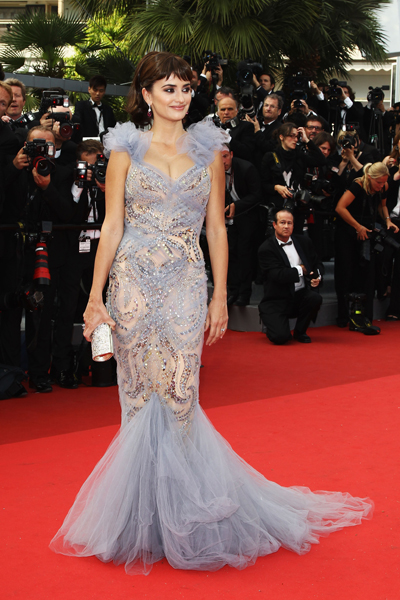 Penelope Cruz's Most Memorable Red Carpet Looks