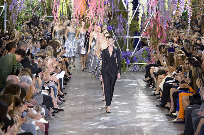 Paris Fashion Week Coverage: Dior Spring 2014 Collection