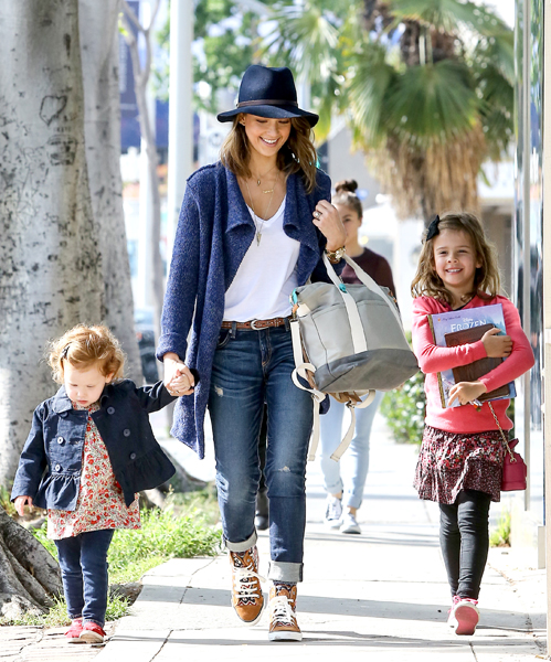 Street Chic: Stylish Moms Who Make Parenting Look So Easy