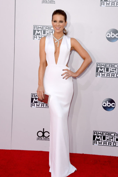 Style Watch: Jennifer Lopez, Angelina Jolie, and more