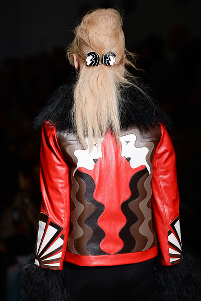 Fall 2015 London Fashion Week Coverage: Art Deco Hair Clips at Holly Fulton