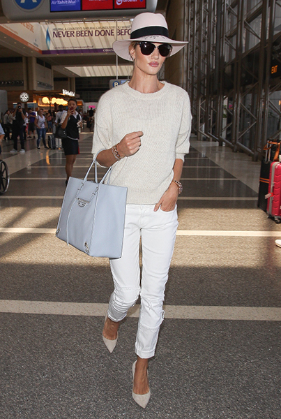 6 Airport Outfits Guaranteed to Get You an Upgrade