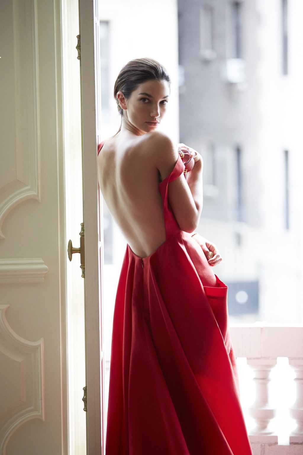 Discover an unseen side of model Lily Aldridge as she reveals everything from her go-to beauty products to her guilty pleasures in this exclusive interview.