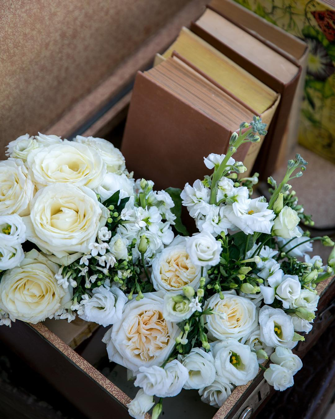 wedding-floral-arrangement-bliss-flowers