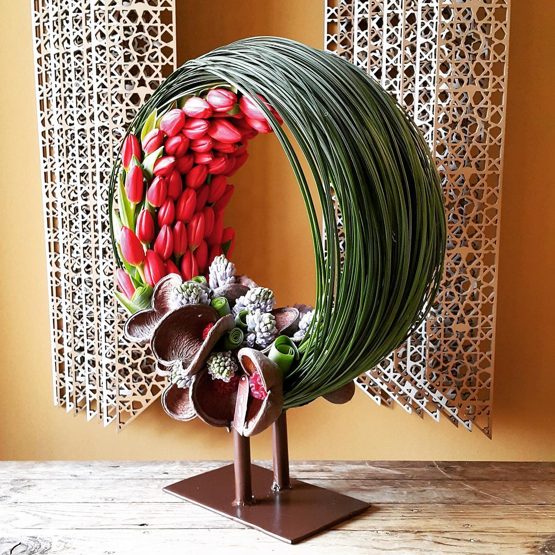 wud-flowers-tulip-floral-arrangement