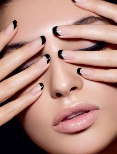 How to Choose the Most Flattering Nail Shape for You