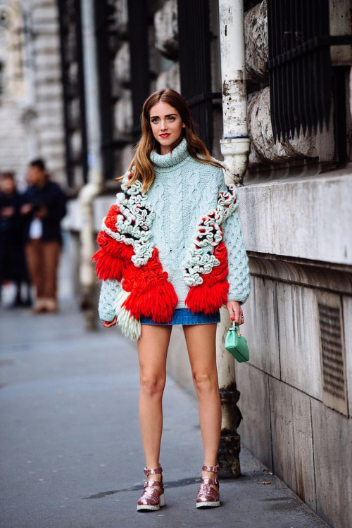 25 Comfy Yet Chic Sweaters to Feel Cozy In This Weekend