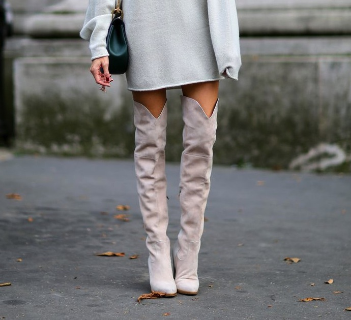 Suede grey high boots style