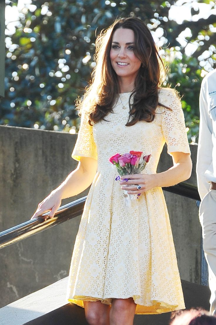 Kate Middleton yellow eyelet dress