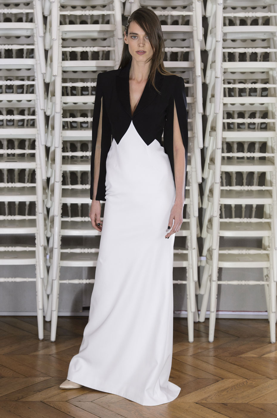 Alexis Mabille Explores the Concept of Timeless Beauty for Spring 2016 Couture