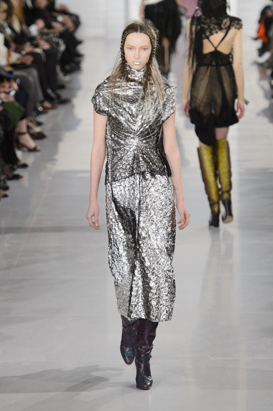 Maison Margiela Embraces Absurdism for Spring 2016 Couture ...