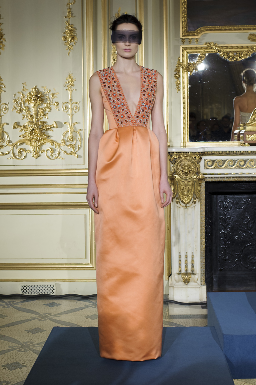 Regal Gowns Reign at Rami Al Ali Spring 2016 Couture