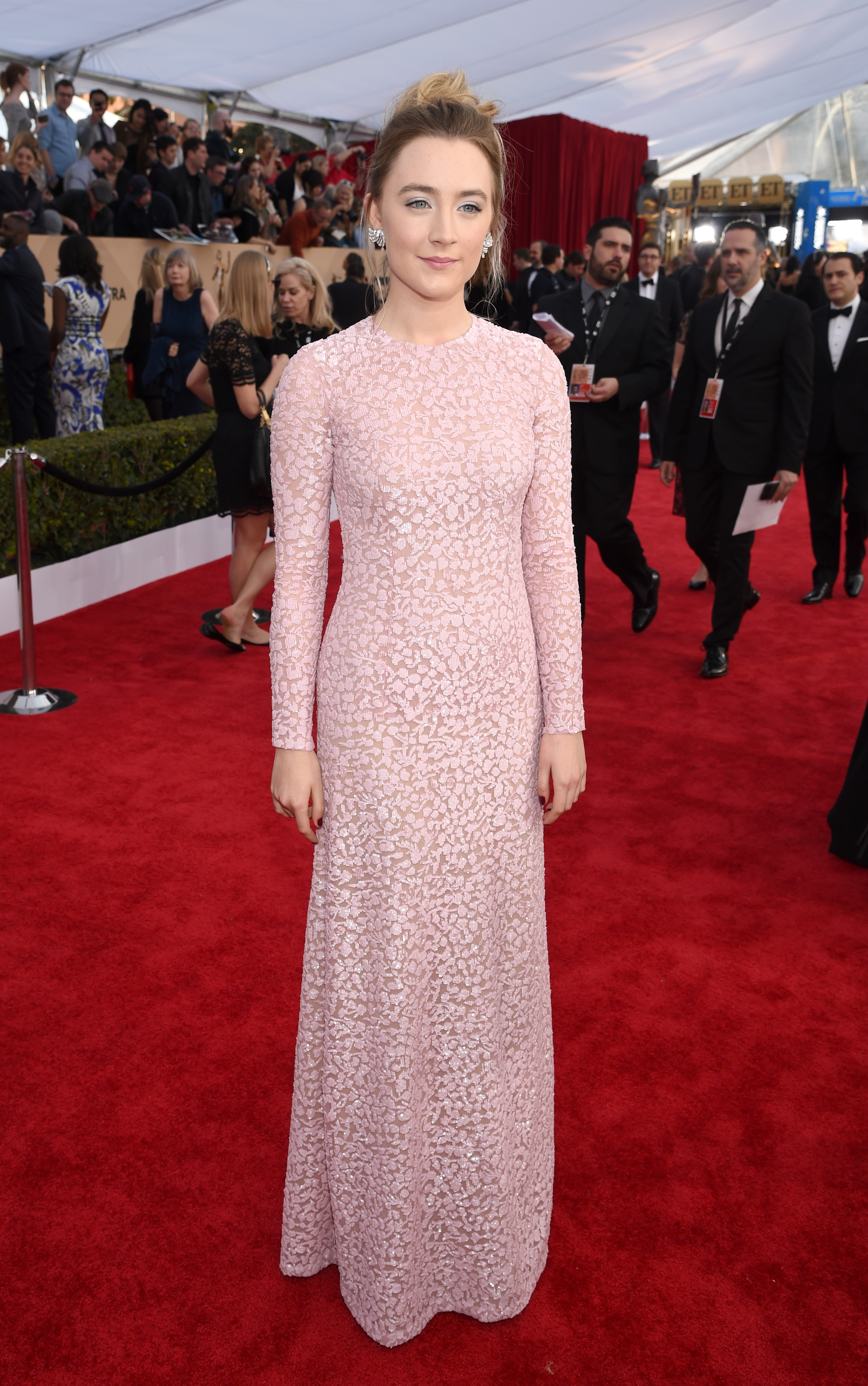 Saoirse Ronan in a pink Michael Kors gown at the 2016 SAG Awards