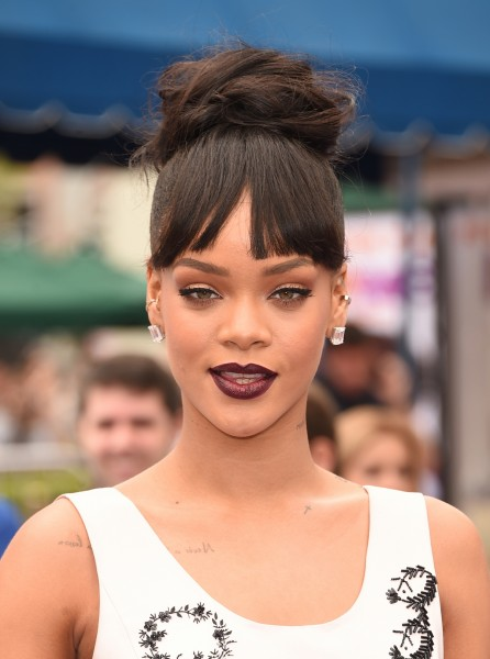 Rihanna Hair March 2015