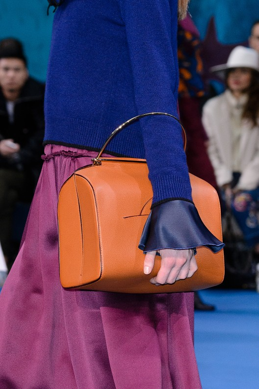 Time to Reinvent: All the New Ways of Wearing Your Bag from NYFW and LFW