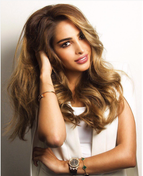 Fouz Al Fahad Reveals Her Beauty Secrets to Savoir Flair