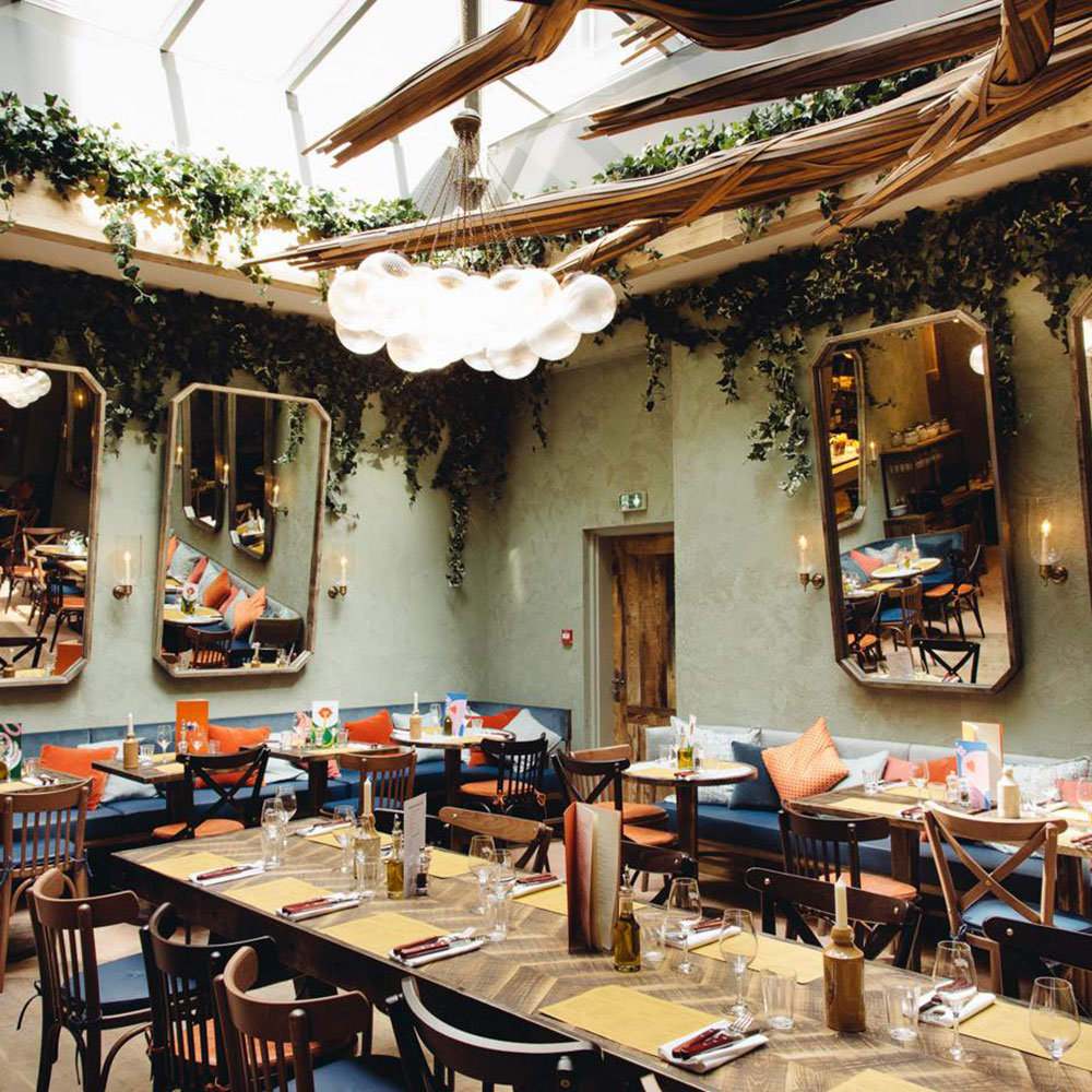 A Dubai Foodie's Guide to the Best Restaurants in Paris