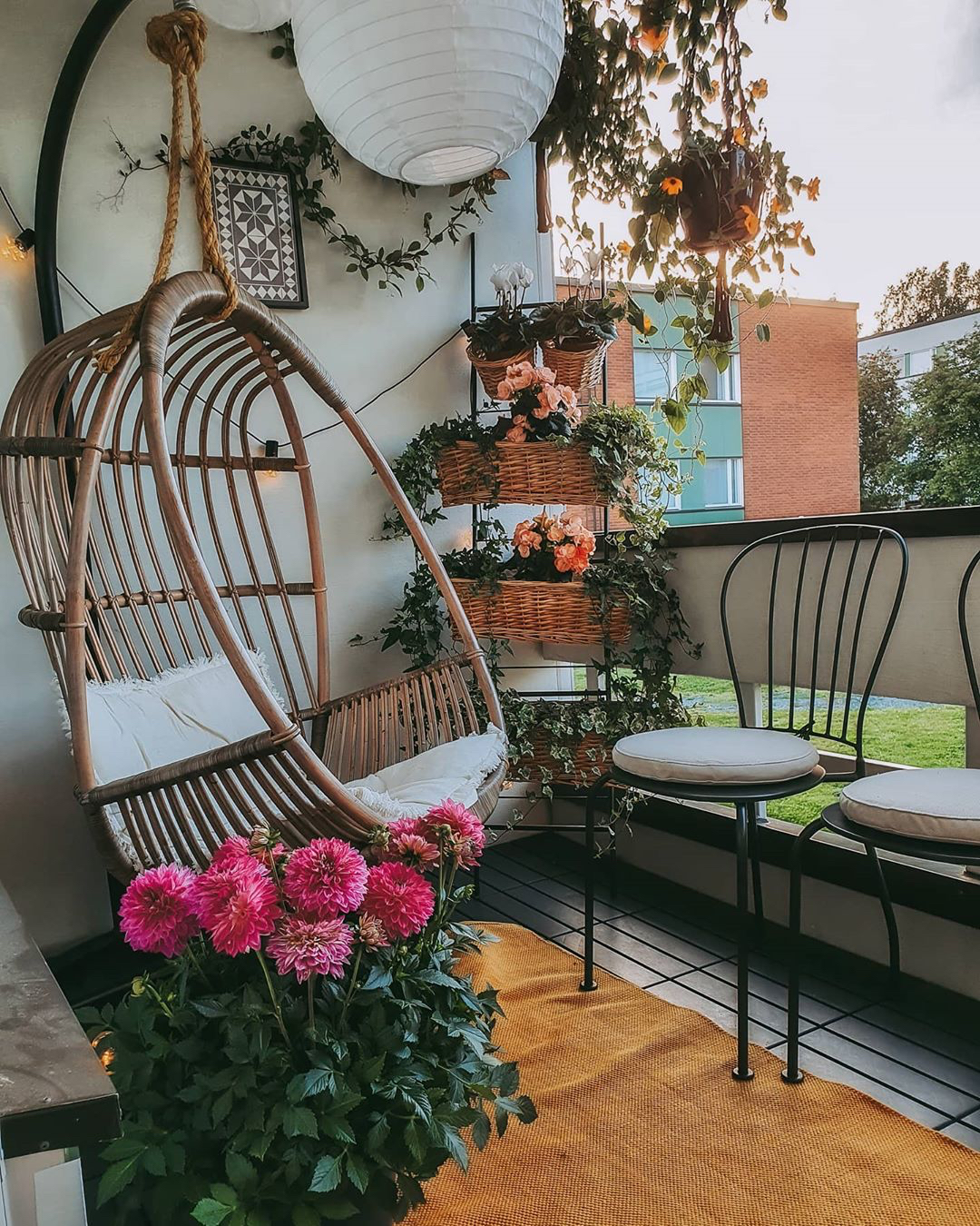 beautiful balcony garden