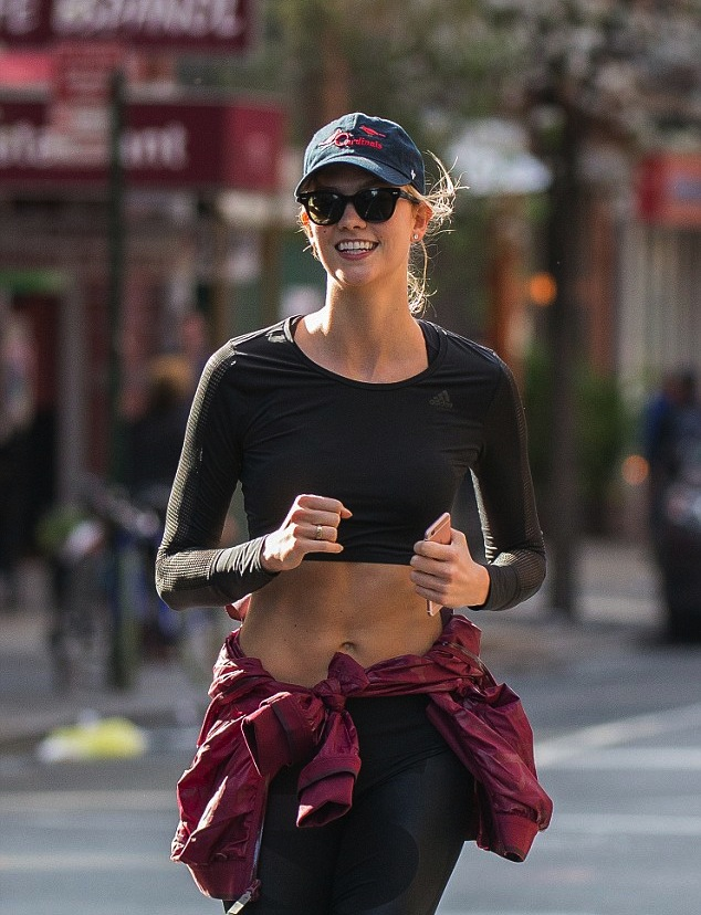 Karlie Kloss Goes Incognito While Working out - Here's How You Can Too