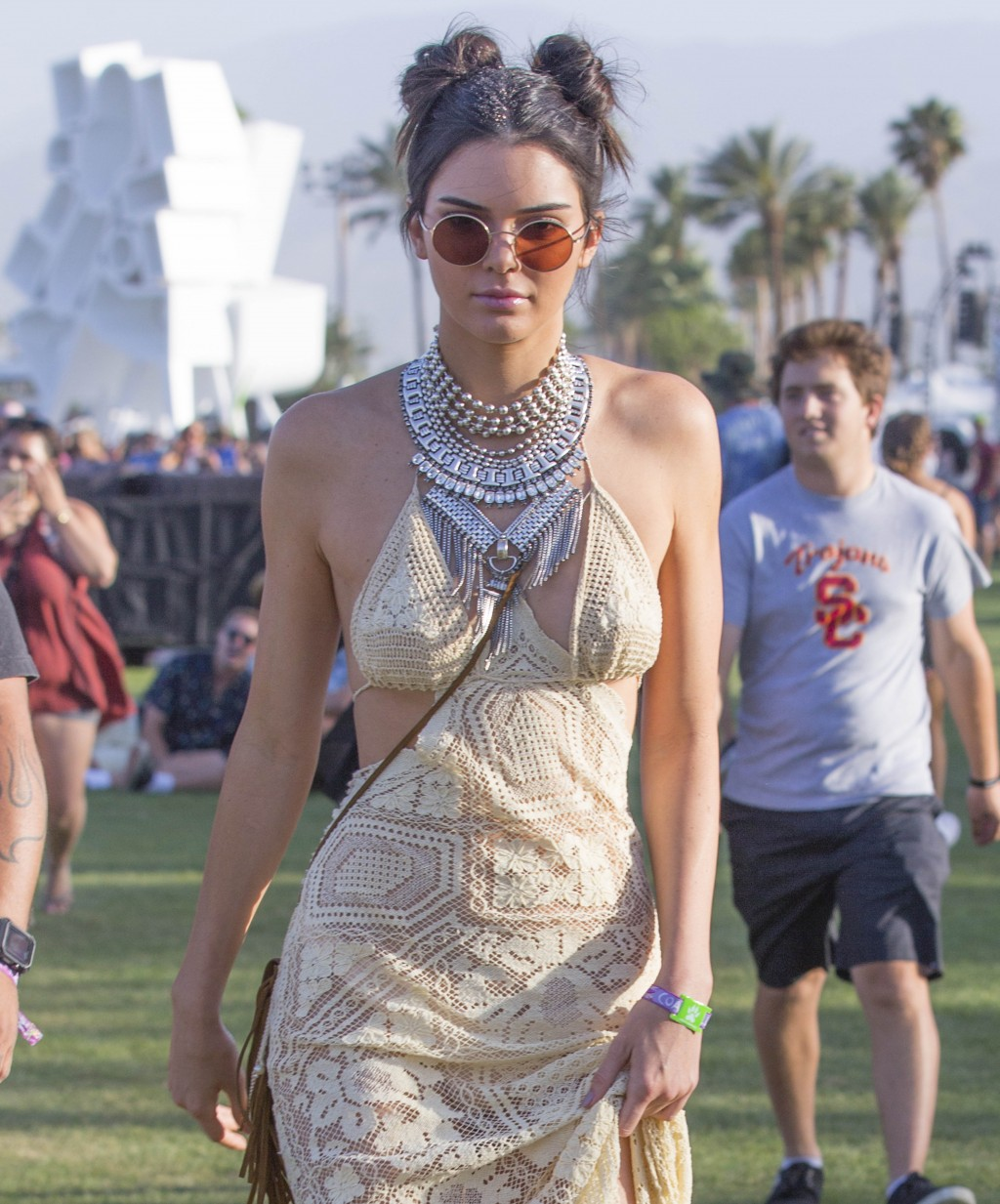 Kendal Jenner Arrive to the Coachella Music Festival in a stunning Beige Lace Dress in Indio California