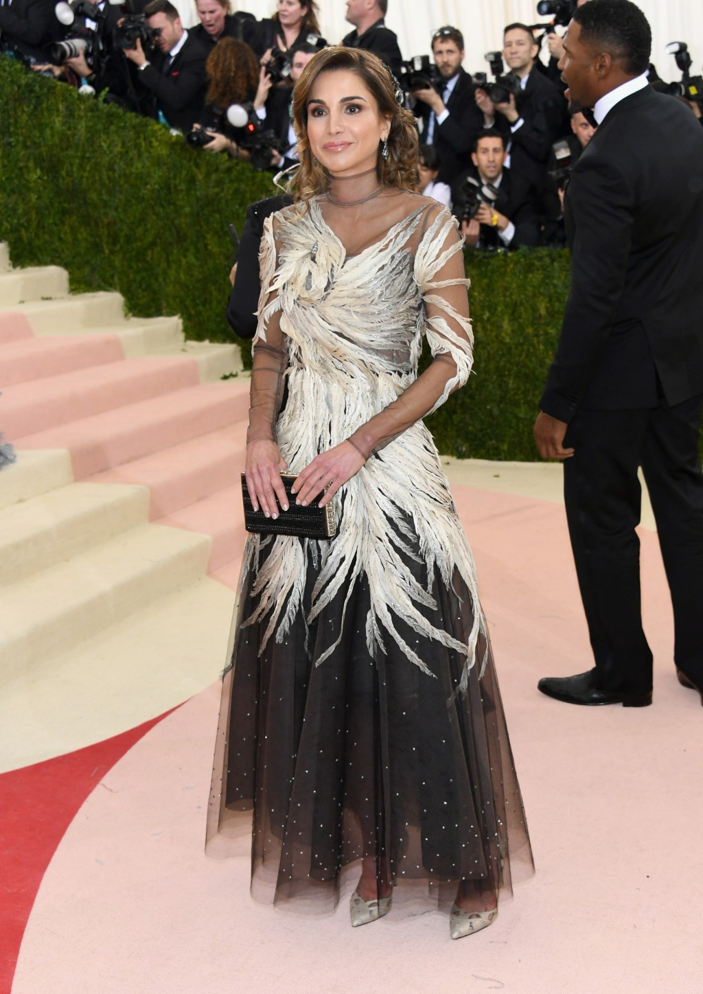 Queen Rania of Jordan Dazzles at the Met Gala