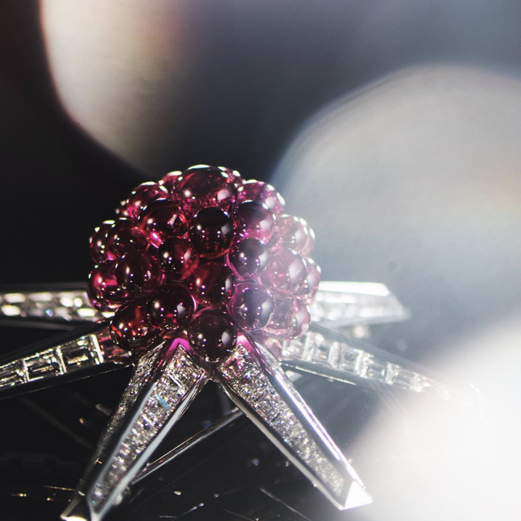 Watch Tiffany's Gorgeous Nature-Inspired Jewels Glimmer in the Light