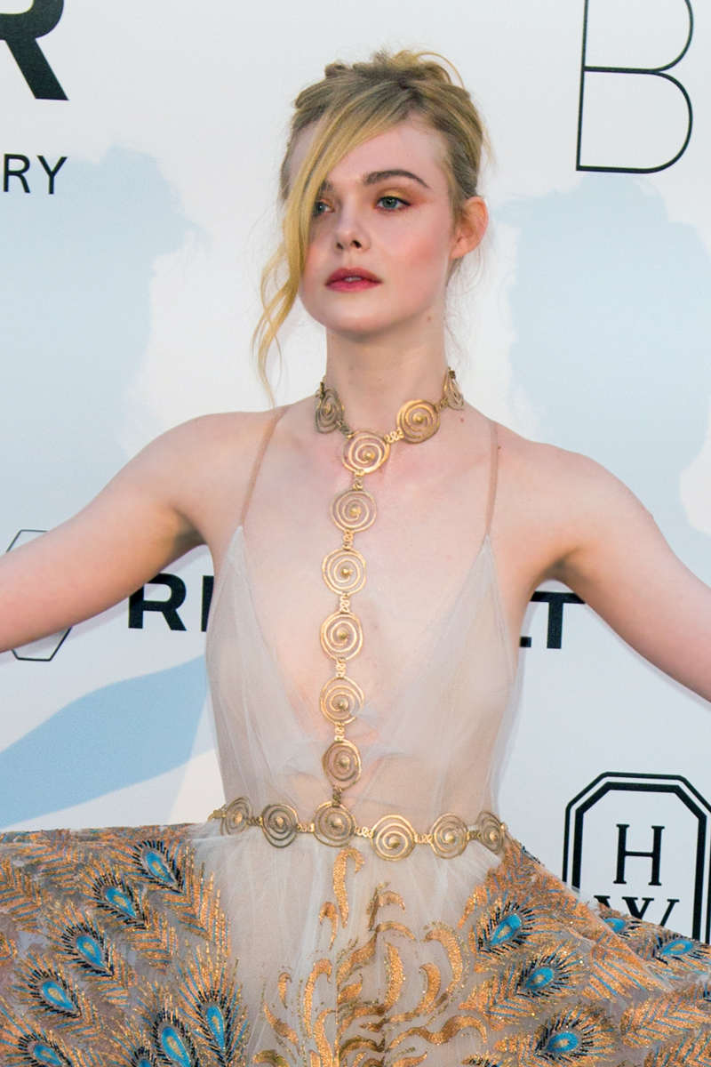 The Award for Coolest Accessory of Cannes 2016 Goes To... Elle Fanning