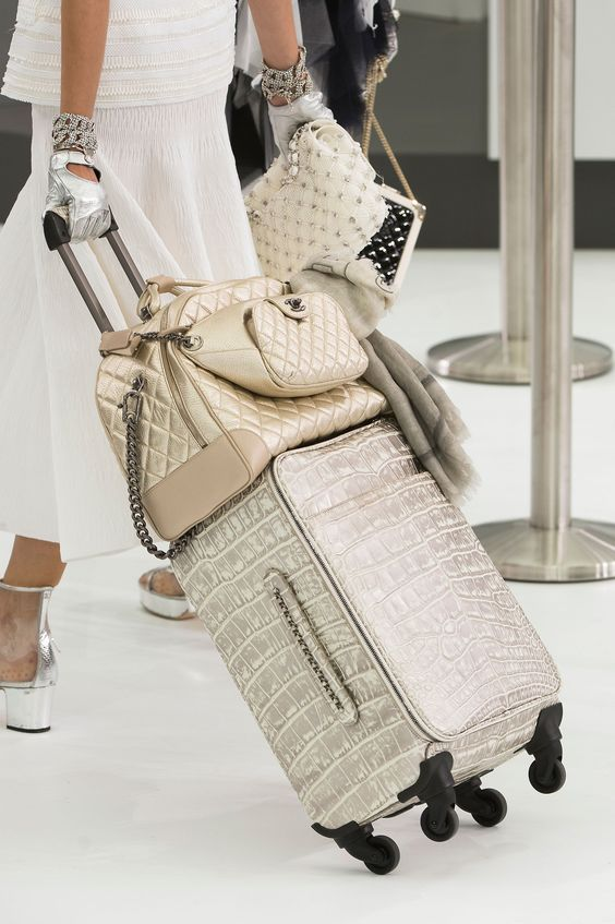 Boarding Soon? Here Are 25 Accessories to Perfect Your Travel Style