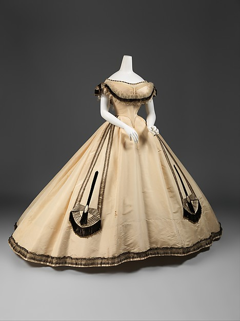Emile Pingat (French, active 1860–96) Ball gown, ca. 1864 French, silk; [no dimensions available] The Metropolitan Museum of Art, New York, Gift of Mary Pierrepont Beckwith, 1969 (C.I.69.33.12a–c)