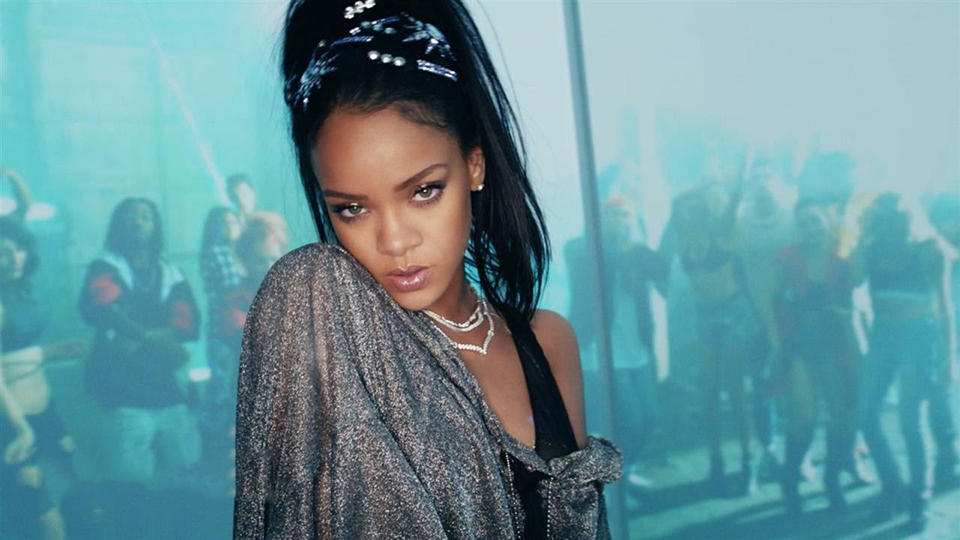 rihanna-calvin-harris-this-is-what-you-came-for-01 yahoo