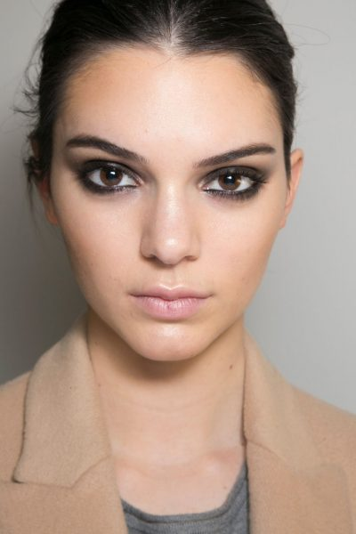 How To Smudged Smoky Eye