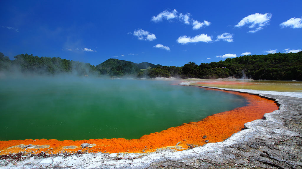 Rotorua, New Zealand-2 Thousand Wonders