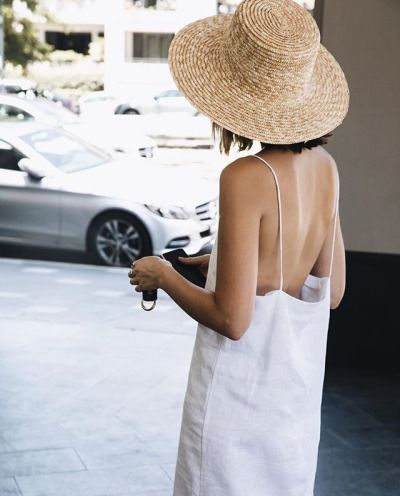 Straw hat style