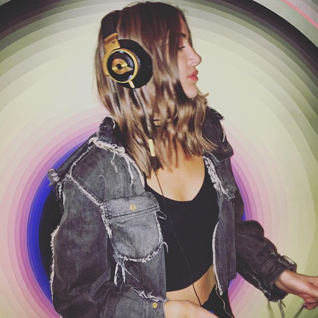 simihaze akg headphones insta