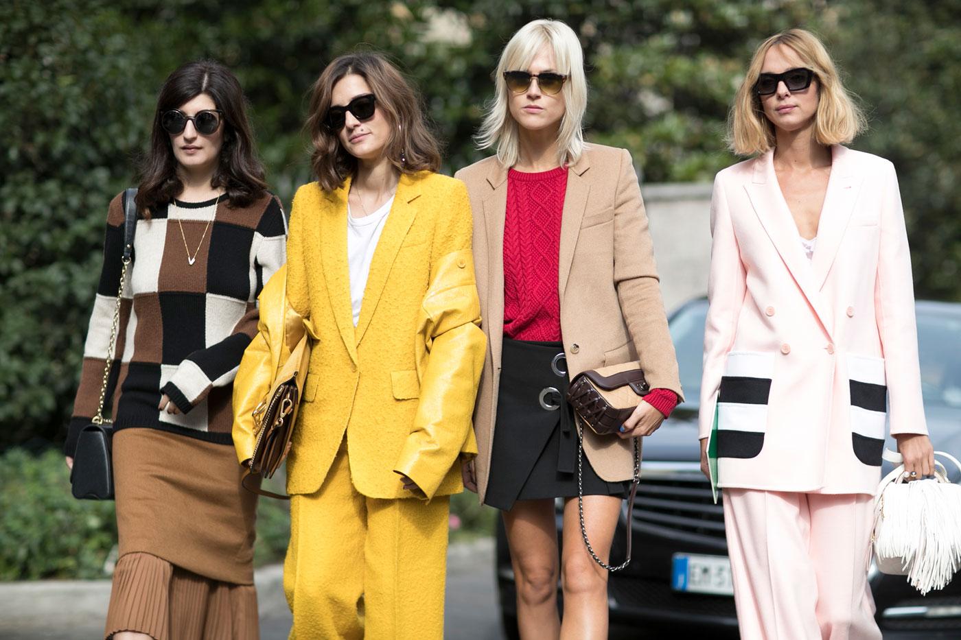 5e1126edb060 Snaps of Milan Fashion Week Street Style - Savoir Flair