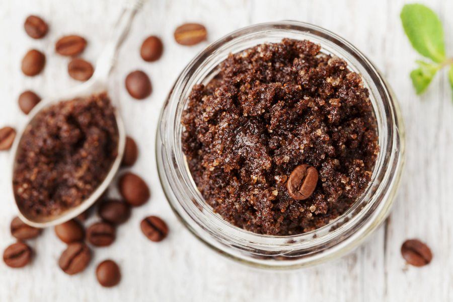 diy-coffee-cellulite-scrub