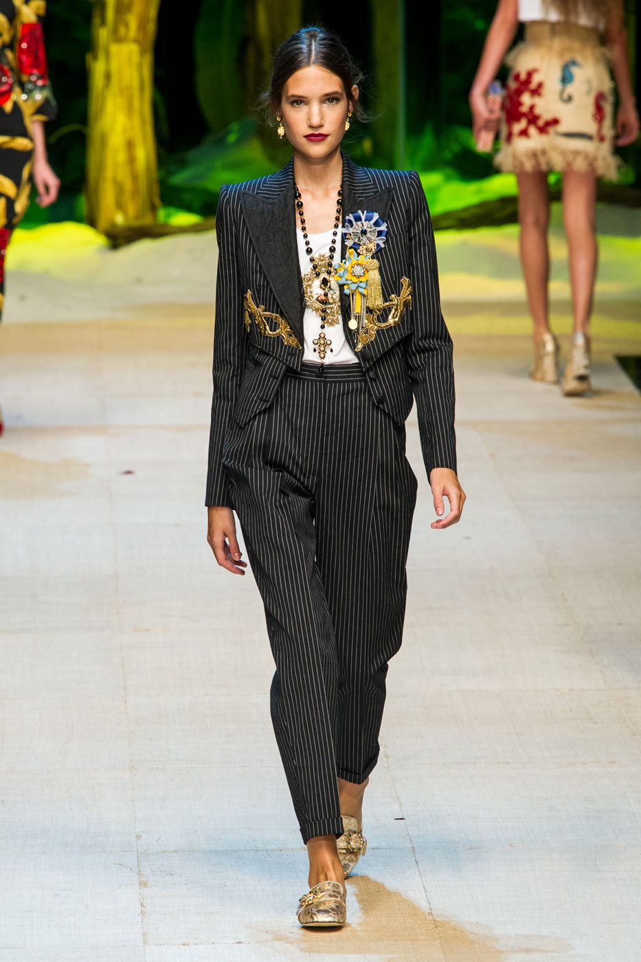 Dolce & Gabbana Spring/Summer 2017 Looks to Italian DNA for Inspiration