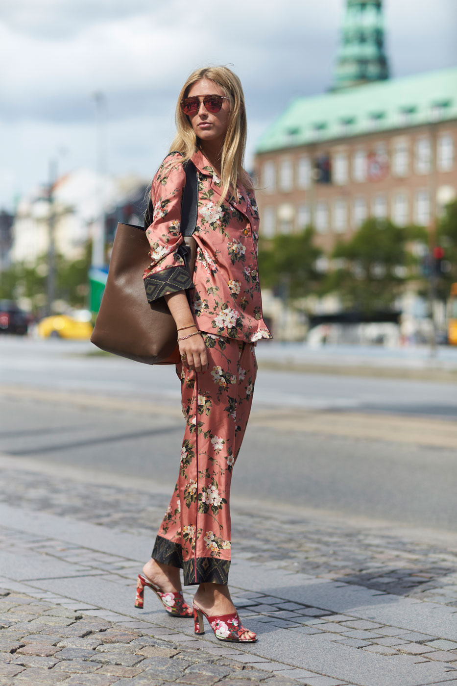 Floral trend street style