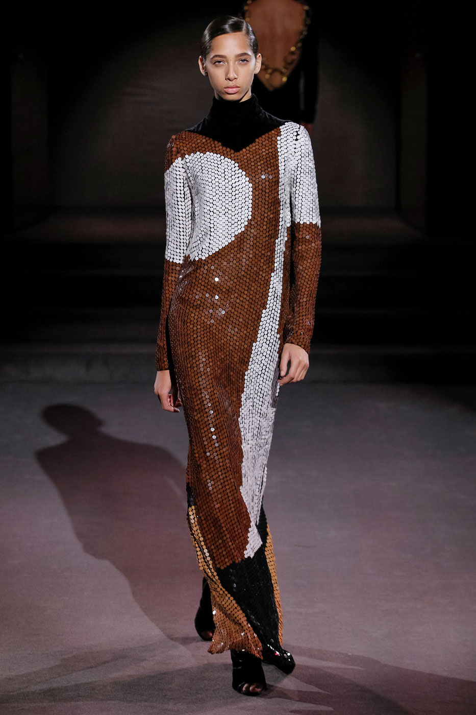 Tom Ford Makes a Decadent Fall Proposition During SS17 Fashion Week