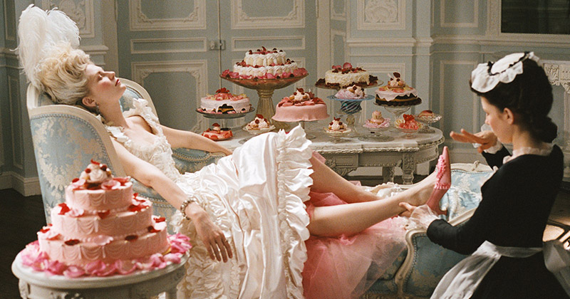 8 Times Marie Antoinette Has Inspired the Runway