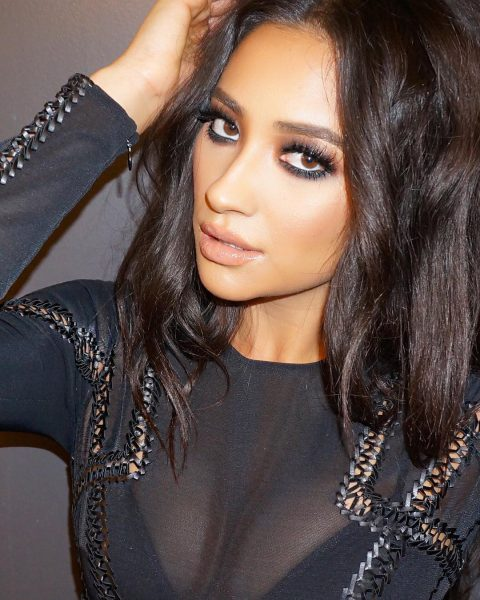 shay-mitchell-celebrity-makeup-beauty