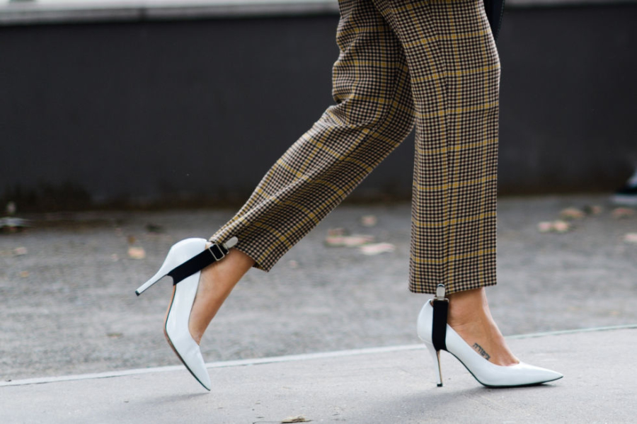 sofia-vendela-pumps-stirrups-1